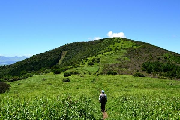 合頭山標高(標高1383m)からのの景色